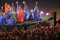 閉会式で行われたパフォーマンス=ジャカルタのブンカルノ競技場で2018年9月2日、徳野仁子撮影