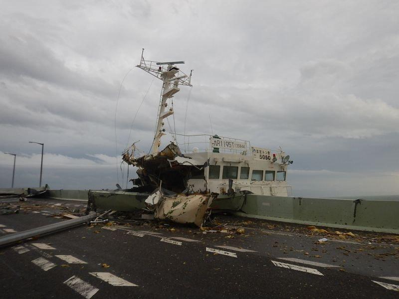 台風21号:関西空港滑走路など浸水、最大風速58m[写真特集24/29 ...