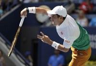 【男子シングルス準々決勝】マリン・チリッチ(クロアチア)に2-6、6-4、7-6、4-6、6-4で勝利。一進一退の攻防を制した=AP