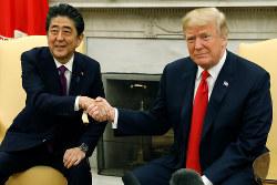 2018年6月に米国で開催された日米首脳会談。(Bloomberg)