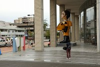 ヤノベケンジさんの「サン・チャイルド」=福島市早稲町で2018年9月1日、岡本同世撮影