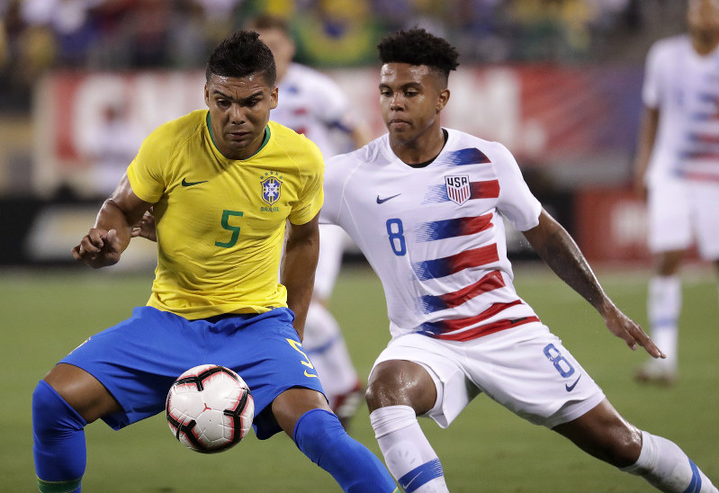 Neymar, Firmino lead Brazil over USA 2-0 in exhibition