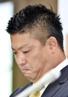記者会見する栃木の村田修一選手=栃木県小山市で2018年8月1日午後0時1分、渡部直樹撮影
