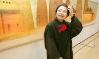 女優の樹木希林さん=神戸市中央区の兵庫県立美術館で2003年4月、三村政司撮影