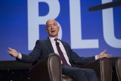 時価総額が1兆ドルを超えたアマゾンのジェフ・ベゾスCEO