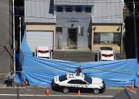 The police box where the officer was fatally stabbed in seen in Sendai's Miyagino Ward on the morning of Sept. 19, 2018. (Mainichi)
