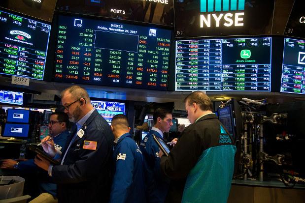 短期金利が長期金利を上回る逆イールドが迫る米国。それが示唆するのは景気後退か、否かを巡り大議論となっている。