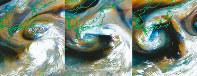 ひまわり8号が撮影した可視画像と赤外線画像を組み合わせた台風12号が東から西へ進む様子。左から今年7月27日午前3時、28日午前9時、29日午前10時