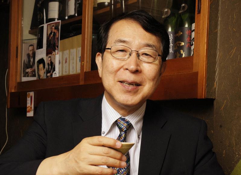 「日本人の多くが飲まず嫌いで、いまの日本酒の味を全く知らない。そこが最大の問題です」撮影=蘆田剛