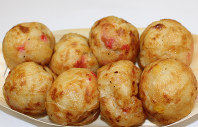 Takoyaki (fried octopus dumplings) are seen in Osaka in this file photo taken in November 2015. (Mainichi)