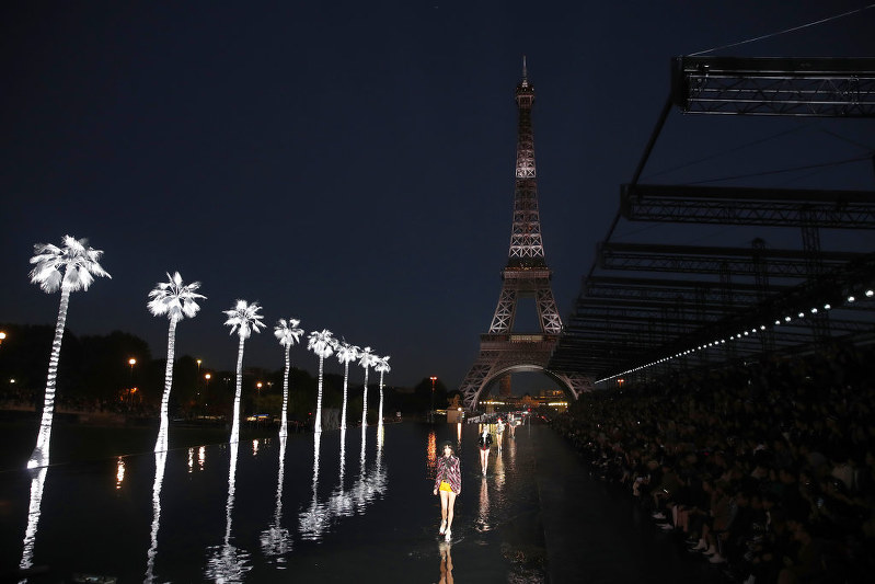Starry Saint Laurent Show In Paris Sees Models Walk On Water The