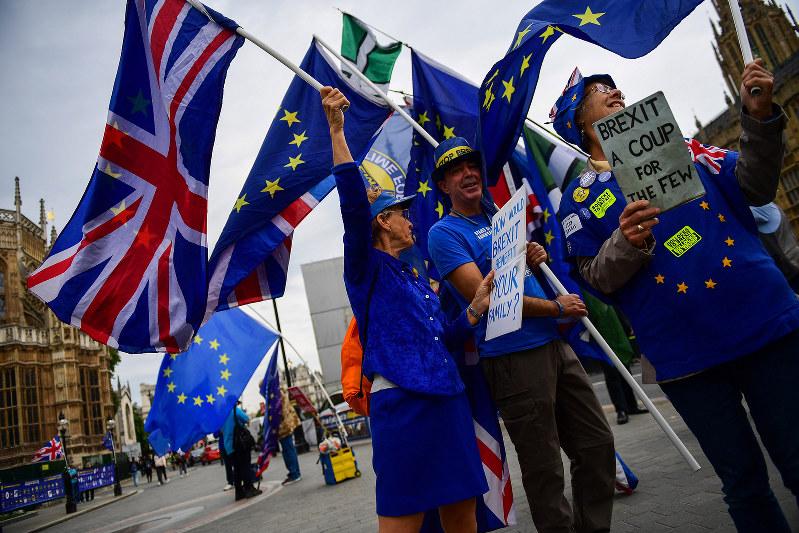 英国の欧州連合(EU)からの脱退(ブレグジット)を巡る交渉は混迷している(Bloomberg)