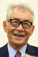 Tasuku Honjo smiles during an interview with reporters from multiple news outlets in Kyoto's Sakyo Ward, on Sept. 27, 2017. (Mainichi/Yusuke Komatsu)