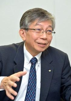 田邊俊秀氏