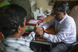 インドでは受診できない患者も多い