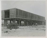 南西側から撮影した建設中の原爆資料館本館=1951~55年ごろ、米科学アカデミー所蔵