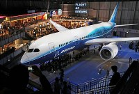 中部空港に開業した複合商業施設「フライト・オブ・ドリームズ」=愛知県常滑市で2018年10月12日午前10時24分、兵藤公治撮影