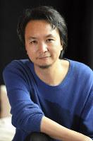 「セールスマンの死」を演出する長塚圭史さん=横浜市中区で2018年10月4日、丸山博撮影