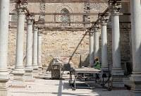 10月17日、エジプトは、カイロにある13世紀に建造されたザーヒル・バイバルス・モスクの修復を再開した。7年にわたった政局混迷を経て、文化的事業がようやく軌道に戻ってきた兆候とみられている。写真は16日撮影(2018年 ロイター/Amr Abdallah Dalsh)