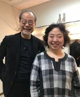 「おれんじドア も~やっこなごや」代表の山田真由美さん(右)と=鎌田さん提供