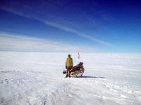 長旅の終着点、凍てついた北極海上=吉田正仁さん提供