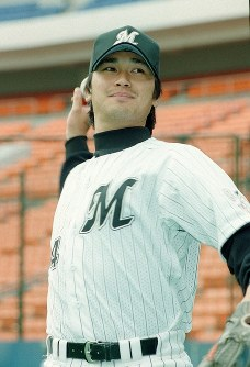 ロッテの黒木=千葉マリンスタジアムで1999年3月、根岸基弘撮影