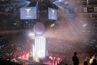 両国国技館で開幕した卓球の新リーグ「Tリーグ」=和田大典撮影