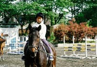 Princess Ayako takes a horse riding lesson on May 5, 1999. (Photo courtesy of the Imperial Household Agency)
