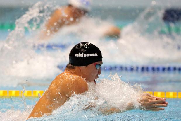競泳:小関、50・200平も制す 短水路代表選考会 - 毎日新聞