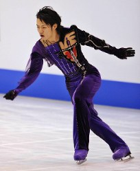 【2007年】男子シングルで優勝した高橋大輔の演技=仙台市体育館で2007年12月2日、手塚耕一郎撮影