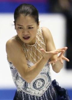 【2013年】3位となった鈴木明子のフリー演技=東京・国立代々木競技場で2013年11月9日、山本晋撮影