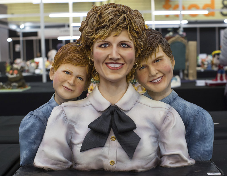 Royal sweets: Diana and sons feature in cake competition - The Mainichi