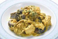 鷄肉と昆布、干し椎茸のカレーヨーグルト煮