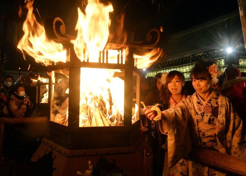 京都:八坂神社「おけ…
