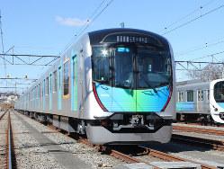 有料座席指定列車としても活躍する西武鉄道の車両