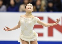 女子SPで演技を披露する宮原知子=広島市中区の広島県立総合体育館で2018年11月9日、猪飼健史撮影