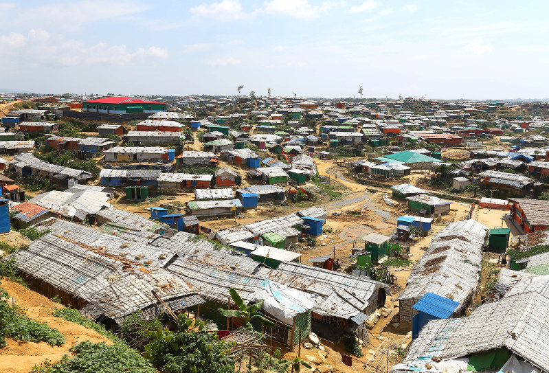 3a155f820f4fc 簡素な建物が並ぶバルカリキャンプ=バングラデシュで2018年9月23日、宮武祐希撮影