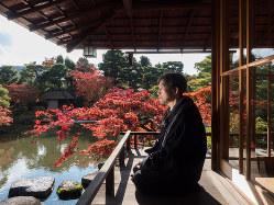 流響院での吉増剛造 (c)Keiko Onoda