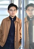 ドラマ「獣になれない私たち」に出演する俳優の松田龍平=丸山博撮影