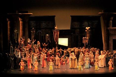 公演は10月20・21日、神奈川県民ホール大ホールで行われた (C)林喜代種