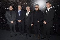 Honoree Martin Scorsese, center, poses with actors Jonah Hill, left, Robert De Niro, Harvey Keitel and Leonardo DiCaprio at the Museum of Modern Art Film Benefit tribute to Martin Scorsese, presented by Chanel, on Nov. 19, 2018, in New York. (Photo by Evan Agostini/Invision/AP)