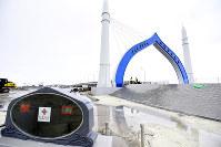 中国の支援で建設された中国モルディブ友好大橋=マレで2018年10月25日、松井聡撮影