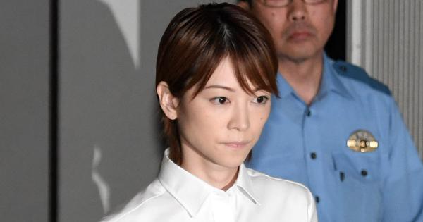 hitomi yoshizawa
