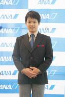ANA地上職の3代目制服(1978年6月1日~82年11月30日・デザイナーは三宅一生)=東京都大田区の羽田空港で2018年12月1日、米田堅持撮影