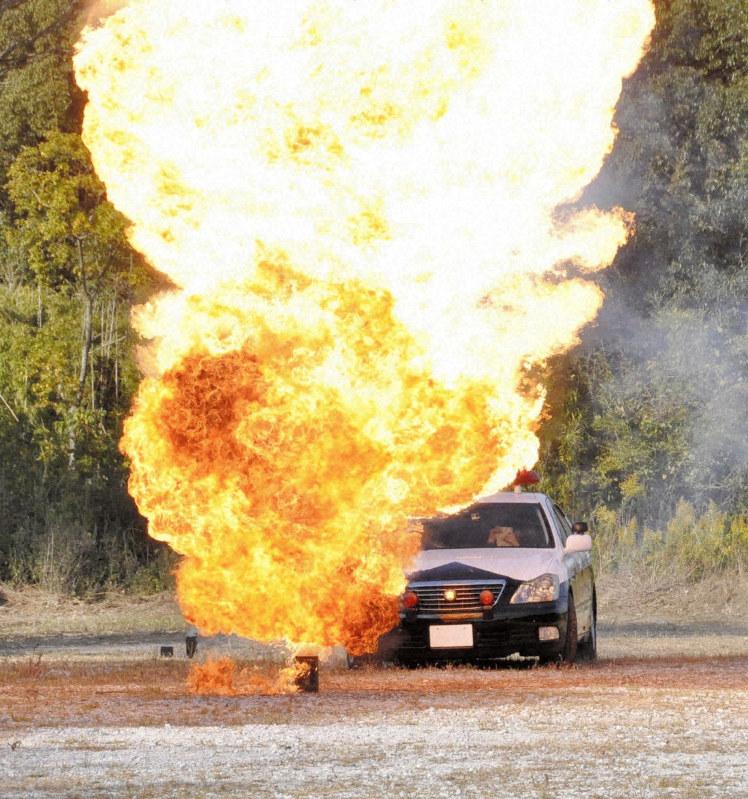 ごう音と炎「まるで西部警察」の声も 「爆破で地域おこし」体験 ...