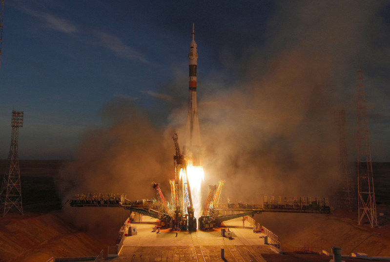 3 astronauts set to launch to space station on Monday