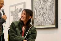 「ここから3」で作品の制作期間について話す大庭航介さん=東京都港区の国立新美術館で2018年12月5日、岡本同世撮影