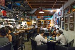 レストランでもプラ製品廃棄へ Bloomberg