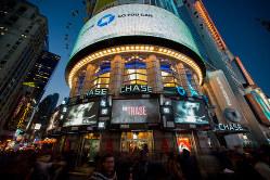 景気後退の先行シグナルが見え始めた Bloomberg
