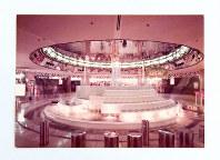 泉の広場に設置された2代目の噴水=大阪地下街提供